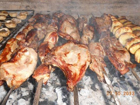 Как приготовить  традиционный шашлык из свинины / How to make traditional barbeque from pork