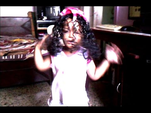 New! Omg Very Funny Cute Kid Baby Girl Dancing Indian Kid Video 2014 Wow video