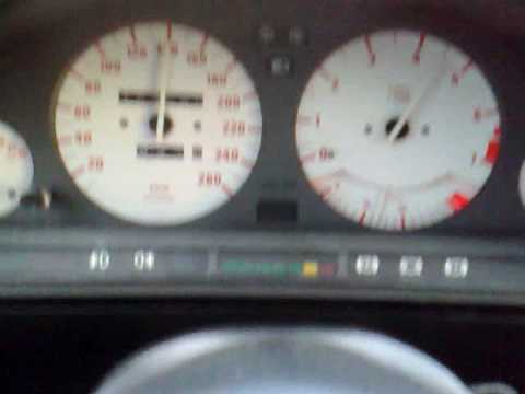BMW 325i e30 80-170. View inside my e30 with acceleration from 80 to 170 km/