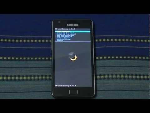 Samsung Galaxy S 2 (II) Running Android 4.2 Jelly Bean CM 10.1