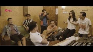 Download Lagu Raisa Handmade - All Songs (Preview) Gratis STAFABAND