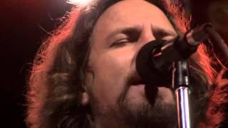Watch Eddie Vedder Hard Sun video