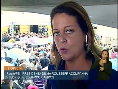 Presidenta Dilma Rousseff acompanha velório do político Eduardo Campos