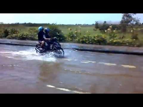 Traveling Through Bangkok Flooding