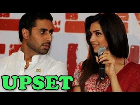 Abhishek Bachchan upset with Deepika Padukone | Bollywood News