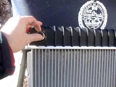 Como cambiar un radiador de auto youtube for Partes de un grifo