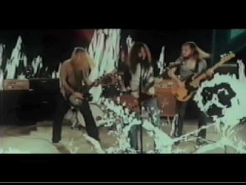 The Sword - How Heavy This Axe OFFICIAL VIDEO.mp3