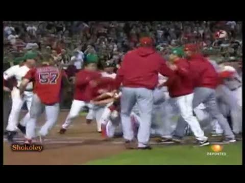 ¿Por que inicio la pelea entre Mexico vs Canada Beisbol 2013?