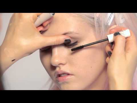 Topshop Make-Up Tutorial: Grunge Glamour