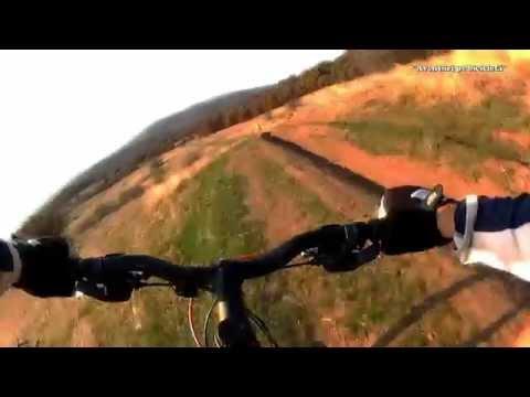 Aventuri pe bicicleta : Coborarea Pericoool