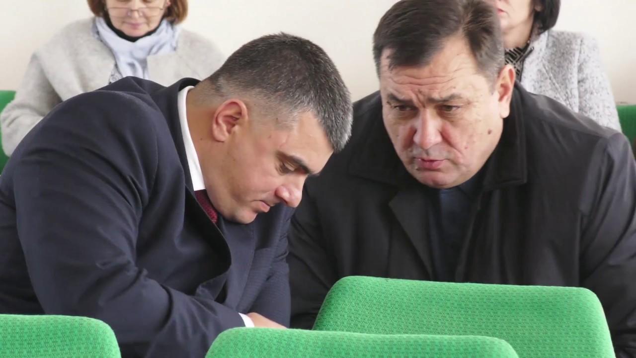 """Калуська райрада розповіла Президенту """"детектив"""" про автівку голови РДА"""