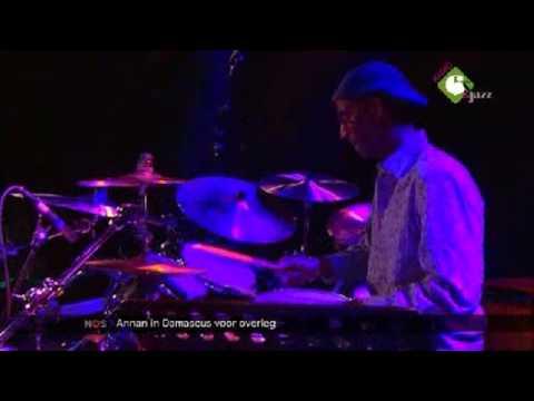 Blues MD (Miles Davis cover) - Robben Ford, Omar Hakim, Joey DeFrancesco&Rick Margitza live 2012