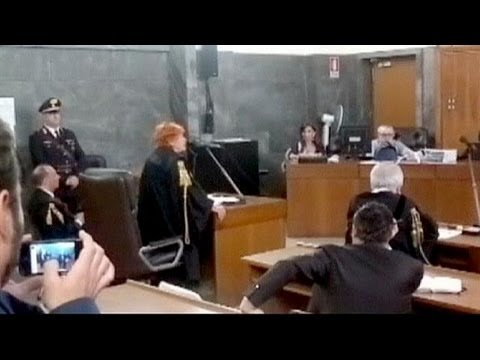 Italy: six-year jail term demanded at Berlusconi sex trial