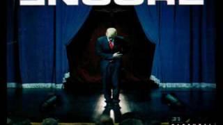 Watch Eminem Curtains Up (Encore Version) video