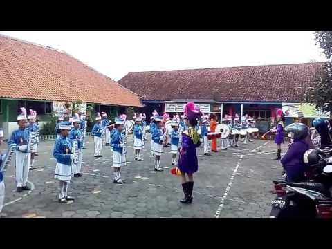 Bara Bere Siti Badriah Versi Drumband SDN Cacaban 3 Magelang