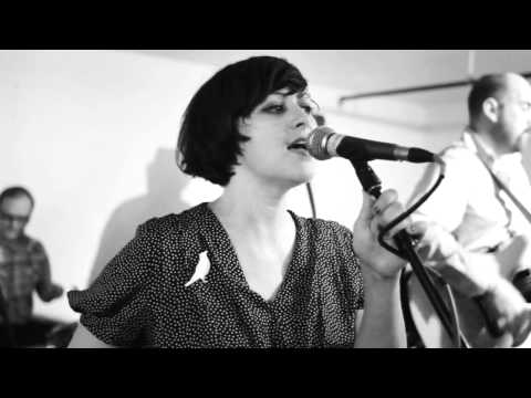 Camera Obscura - Eighties Fan