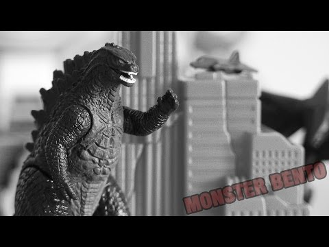 Godzilla 2014 Movie Toys - Godzilla Pack of Destruction Review (ft. Winged MUTO)