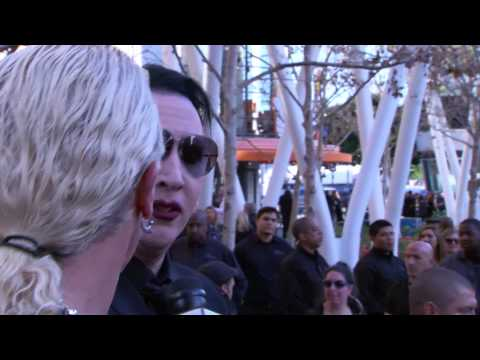Dee Snider Interviews Marilyn Manson And Kyla Kenedy From The Walking Dead video