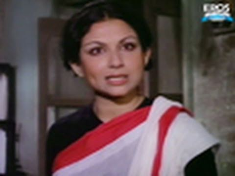 Sharmila Tagore Gets Mistreated By His Father. - Anari