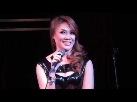 [01032014] Mỹ Tâm - Mãi Yêu (live At We Lounge) video