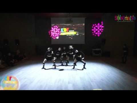 Dancecholic Burcu Nergis Group Dance Performance - EDF 2016