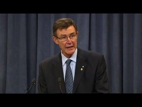 Australia probes 'encouraging' signals in MH370 hunt