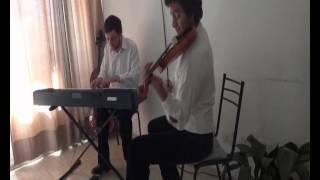 video IVAN KEVORKIAN Musica de ensamble en vivo Contrataciones al 0351-155645310 Mail: ivan_kevorkian@hotmail.com El csárdás es un baile tradicional húngaro. Es original del país y fue popularizado...