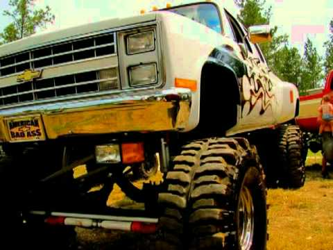 Bottleneck & Jawga Boyz feat Lynyrd Skynyrd (Down at the mudhole)