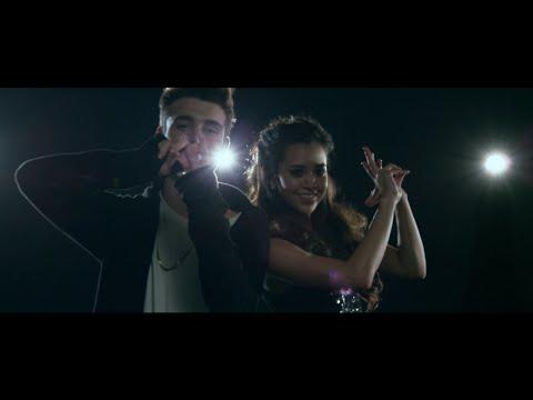 Left Swipe Dat (cover) - Megan Nicole Feat. Chris Collins video
