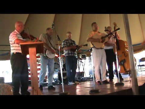 Fescue Bluegrass Band Playing
