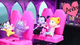 Andre jugando que Vampirina va de paseo en camper | Muñecas y juguetes con Andre para niñas y niños