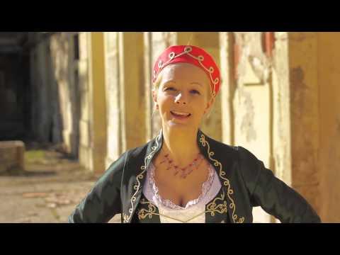 Magyar Rózsa - Csak Azért Szeretem A Mesét (official Video - 2013)