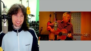 British guitarist reacts to Tommy Emmanuel's MAGICAL performance (and thumb!)