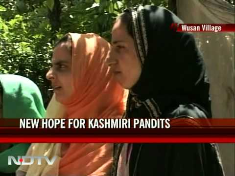 J&K Panchayat Polls: Muslims vote for Kashmiri Pandit woman