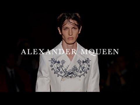 Aborda la tripulación de Alexander McQueen con su colección primavera/verano 2016