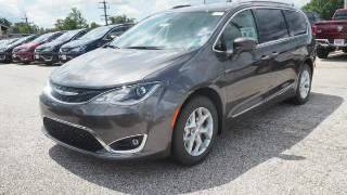 2017 Chrysler Pacifica - Bedford OH