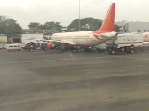 Jet Airways Landing and Taxi at Mumbai