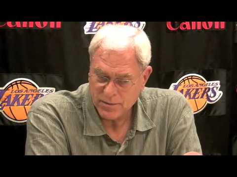 Phil Jackson on the roster, point guards and the refs