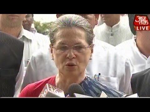 Sonia Gandhi Attacks Narendra Modi