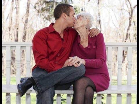 Женщине 91 год а мужчине 31