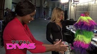 Naomi and Cameron get their WrestleMania gear: Total Divas Season 2 Finale Bonus Clip, June 1, 2014