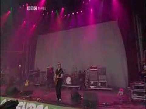 doves pounding glasto 2005