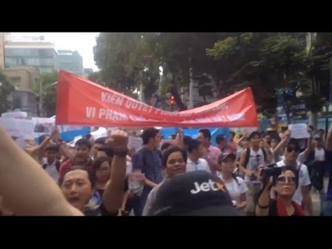 Mass Anti-China Protests Held Across Vietnam