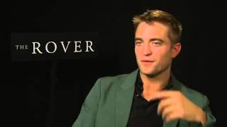 Robert Pattinson The Rover Video Intrevista