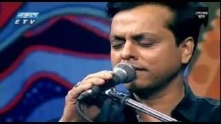 Download Aynate oi mukh আয়নাতে ওই মুখ   Live  By Badsha Bulbul 3Gp Mp4