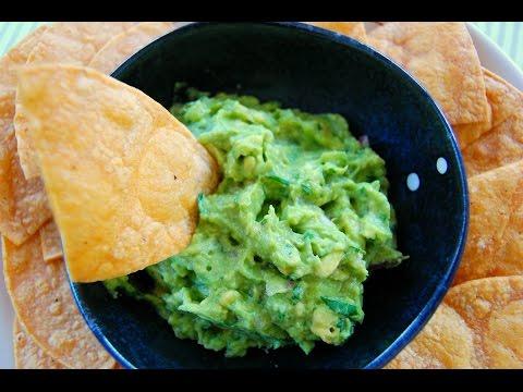 ГУАКАМОЛЕ С ДОМАШНИМИ ЧИПСАМИ ИЗ ТОРТИЛЬИ | Закуска из авокадо