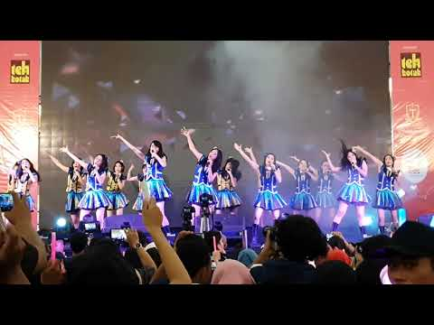 Download JKT48 TEAM T - Kegarete Iru Shinjitsu LIVE IN JKT48 CIRCUS SAMARINDA Mp4 baru