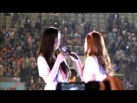 (fancam) 140815 SMTOWN Seoul Ending ' JESSICA & KRYSTAL ' #jungsisters #jek #snsd #fx #taeyeon