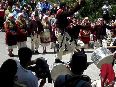 male tesko oro dance. Koco Racin Skopje Folklore Dancers and Music