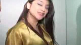 Massage Hot Sarah Azhari 2.flv